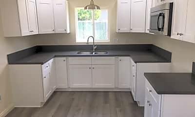 Kitchen, 637 E D St B, 0