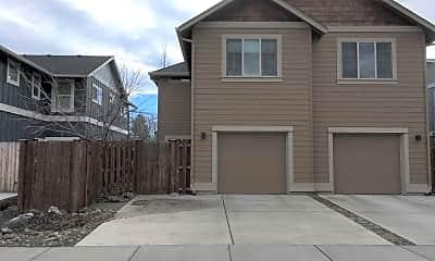 Building, 804 NE Ross Rd, 2