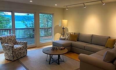 Living Room, 983 Taughannock Blvd, 1