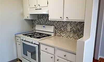 Kitchen, 140 Grove St 7A, 1