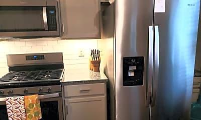 Kitchen, 954 Lennox Blvd, 1