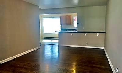 Living Room, 7311-7317 Woodlawn Ave NE, 1
