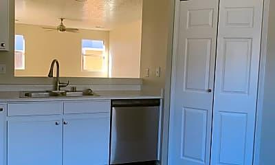 Kitchen, 604 Truchas Meadows Dr NE, 0