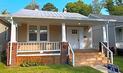 Building, 3209 Decatur St, 2