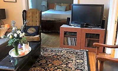 Living Room, 610 N Nansemond St, 0