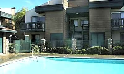 Lifestyle Apartments, 1