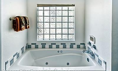 Bathroom, 2253 Roadrunner Rd, 2