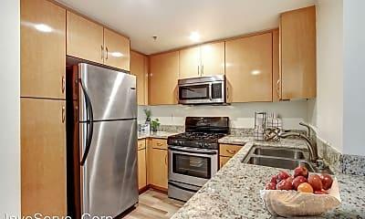 Kitchen, 22 W Green St, 0