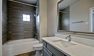 Bathroom, The Heights, 2