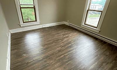Living Room, 715 S Dewey St, 0