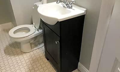 Bathroom, 426 NW 25th St, 1