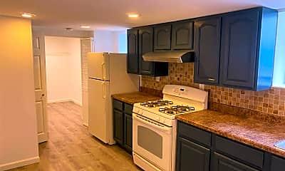 Kitchen, 156 5th St G, 0
