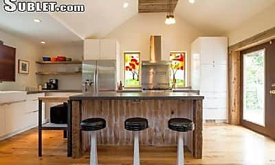 Kitchen, 1402 Columbia Ave, 0