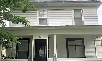 Building, 1231 8th St SE, 0