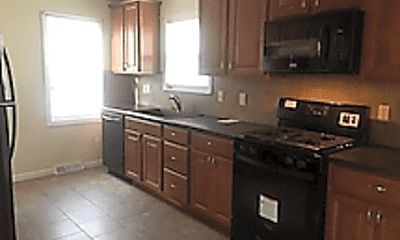 Kitchen, 832 Lawrence Ave, 1