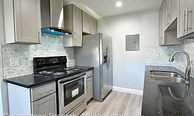 Kitchen, 455 Kuehnis Dr, 1