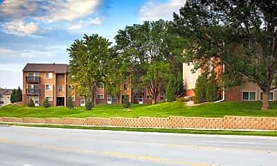 Building, Briarwood by Broadmoor, 2
