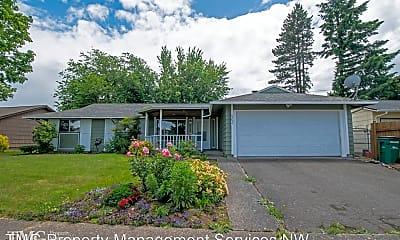 Building, 23654 SE Oak St, 0