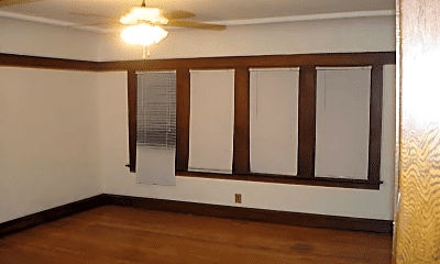Bedroom, 1435 W Brown St, 1