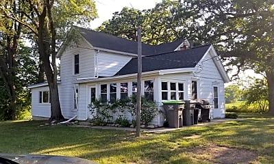 Building, 39W742 Plank Rd, 0