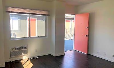 Living Room, 2831 Ellendale Pl, 1