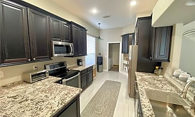 Kitchen, 3750 NW Royal Oak Dr, 1