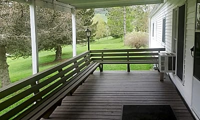 Patio / Deck, 48 Evergreen Ln, 2