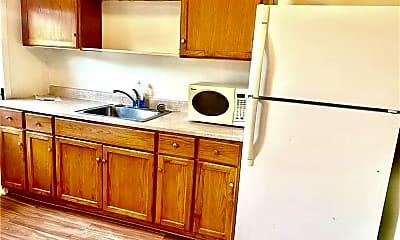 Kitchen, 5 E Main St 3, 1