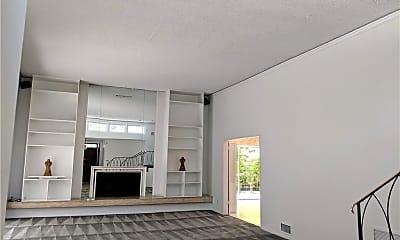 Living Room, 1484 N Doheny Dr, 1
