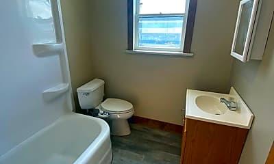 Bathroom, 2017 Meridian St, 2