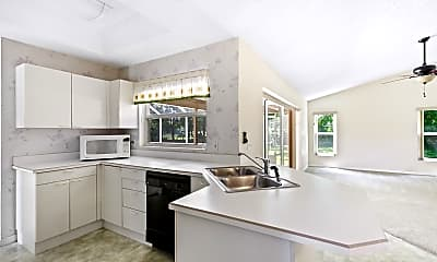 Kitchen, 3938 Oak Crest Cir, 2