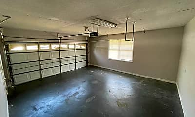 Building, 100 Nancy Dr, 2