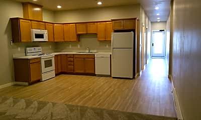 Kitchen, 502 SW Evergreen Ave, 1