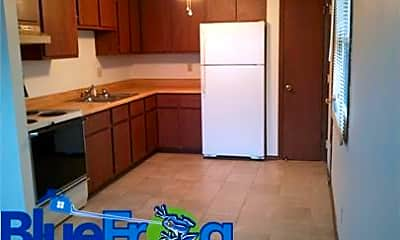 Kitchen, 935 Shea Ave, 1