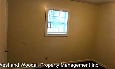 Bedroom, 1522 N Roxboro St, 1
