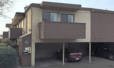 Building, 5245 Wood St, 1