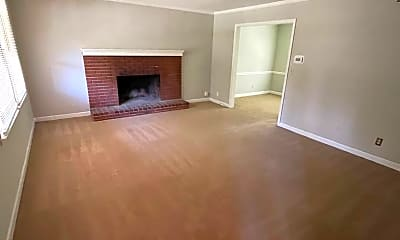Living Room, 409 Wiley Ave, 1