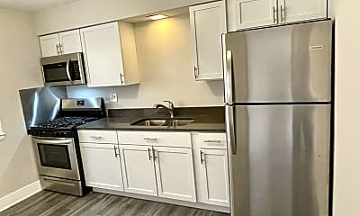 Kitchen, 2216 S 17th Ave, 1