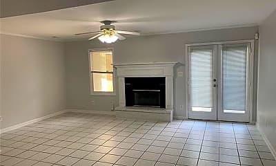Living Room, 4734 Winters Chapel Rd, 1