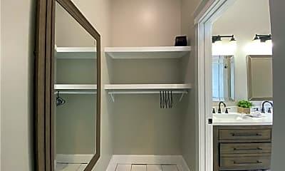 Bathroom, 510 Lafayette St, 2