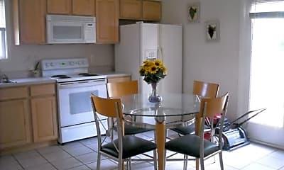 Kitchen, 3489 S Oaklawn Cir, 2