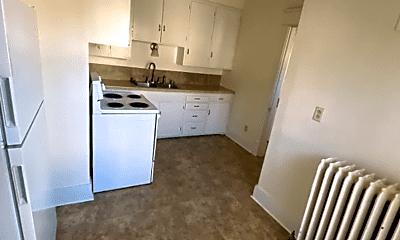 Kitchen, 1014 Broadway N, 1