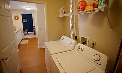 Bathroom, Somerset Apartments, 2