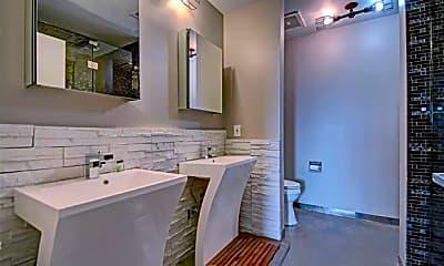 Bathroom, 3575 Lone Star Cir 611, 2
