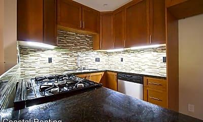 Kitchen, 390 Obispo Ave, 1