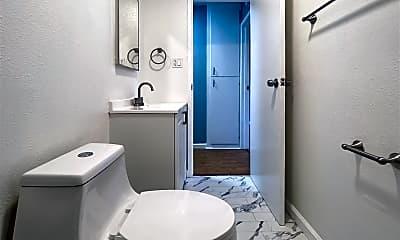 Bathroom, 3025 Park Blvd, 0