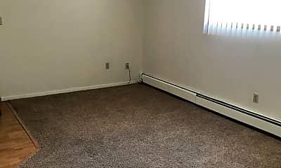 Bedroom, 525 9th St SE, 1