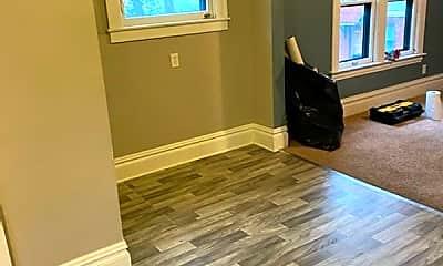 Living Room, 506 Prospect Ave SE, 2