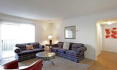 Living Room, Woodlake Villas, 1