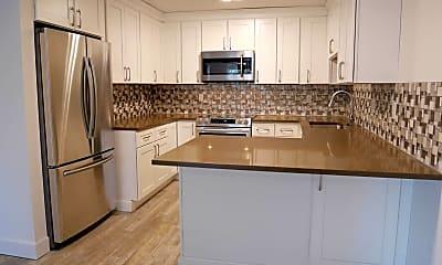 Kitchen, 3450 S Poplar St, 1